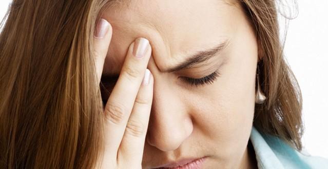 أخطار الصداع النصفي وماذا يسبب للرجال والنساء؟