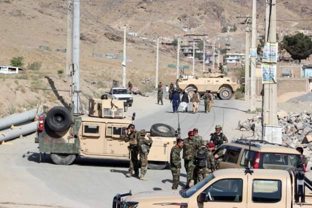 """حركة طالبان تهدد أمريكا: """"إذا لم ترغب واشنطن في إنهاء الحرب فيمكنها القتال ل100 سنة قادمة"""""""