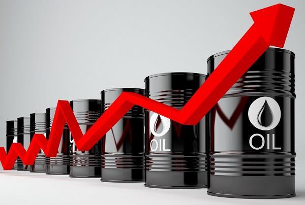 عقب الهجوم على منشأتي نفط في السعودية.. أسعار النفط تقفز لأعلى مستوياتها