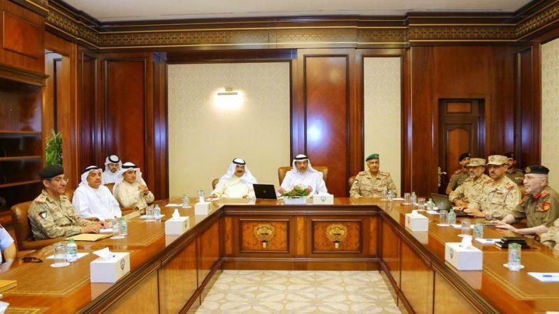 وزير الخارجية الكويتي يدعو القوات المسلحة الاستعداد لمواجهة أي خطر