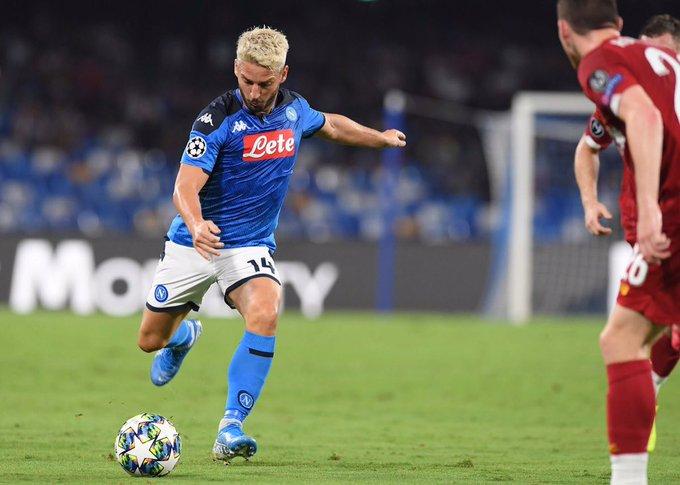 """نابولي يهزم حامل اللقب """"ليفربول"""" في افتتاحية دوري ابطال اوروبا"""