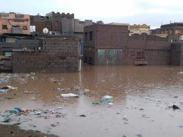 الأرصاد يحذر من التواجد في مجاري السيول ويتوقع استمرار حالة عدم استقرار الطقس