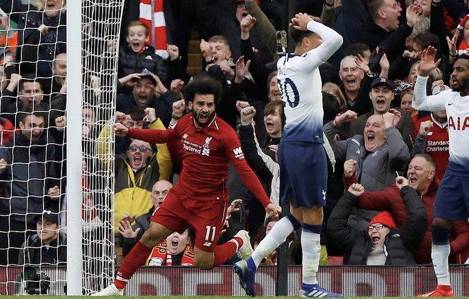 ليفربول يقلب النتيجة على توتنهام ويواصل التحليق منفرداً في صدارة الدوري الانجليزي