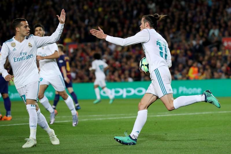 """يتصدرها برشلونة بفارق الاهداف.. تعادل """"سلبي"""" بين برشلونة وريال مدريد في قمة نادرة"""