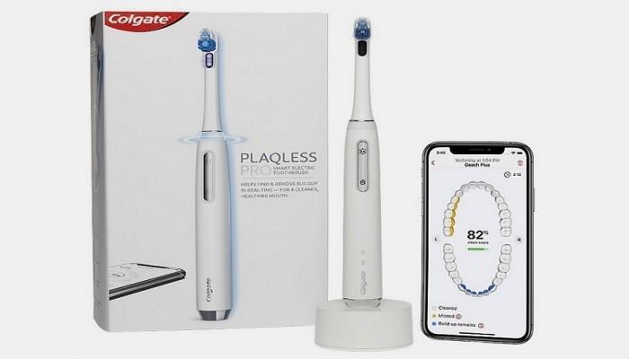 """شركة """"كولجيت"""" تكشف عن فرشاة إلكترونية لتنظيف الأسنان بطريقة مُثلى"""