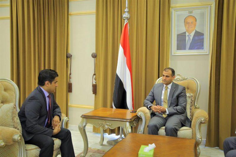 تفاصيل لقاء وزير الخارجية مع القائم بأعمال السفير الامريكي لدى اليمن