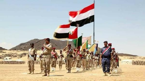 شاهد.. أول فيديو للمعسكر الذي استهدفته مليشيات الحوثي بصاروخ باليستي في محافظة مأرب