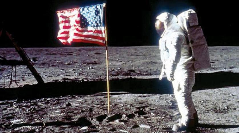 """بعدر مرور 50 عاماً.. عالم """"أبولو"""" يكشف حقيقة الهبوط على سطح القمر"""