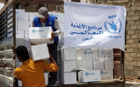 الأمم المتحدة تخفض كمية المساعدات في مناطق الحوثي خوفا من نهبها
