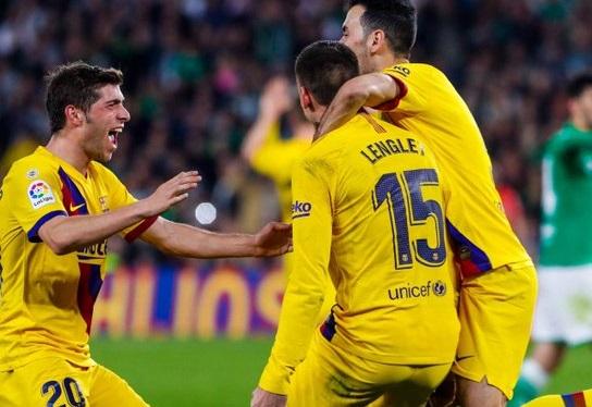 برشلونة وريال مدريد يواصلان التلاحق في صدارة الدوري الاسباني