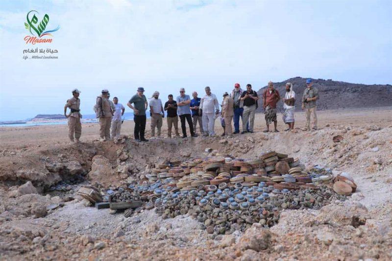 مشروع مسام يفجر أكثر من 3 ألف لغمٍ وقذيفة غربي تعز