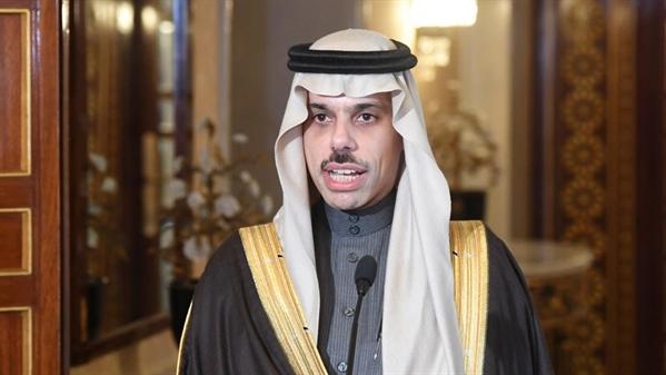 بعد الإستهداف الحوثي.. السعودية تؤكد أن المليشيا غير جادة في حل الأزمة اليمنية