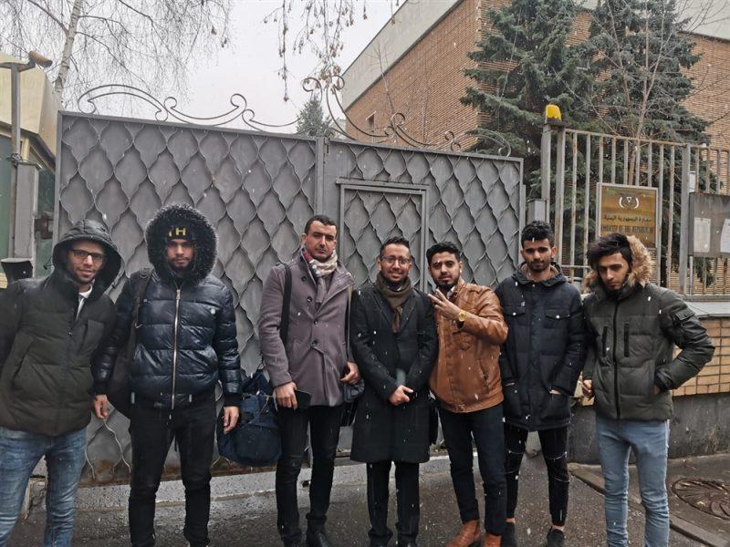 طلاب اليمن في روسيا يشكون إغلاق السفارة أبوابها