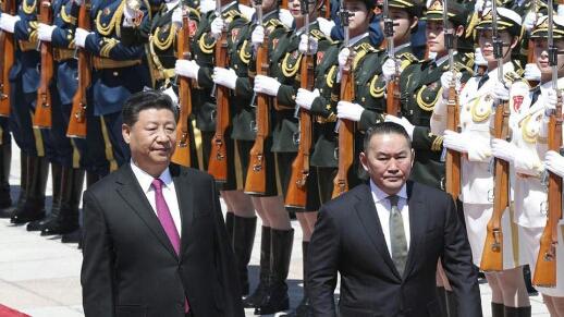 منغوليا تضع رئيسها في الحجر الصحي