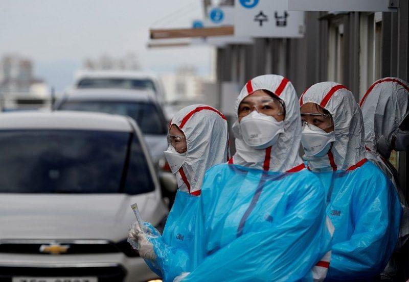 يخشى من موجة تفشٍّ جديدة.. سبع وفيات جديدة بكورونا في الصين وارتفاع كبير بأعداد الإصابات الوافدة