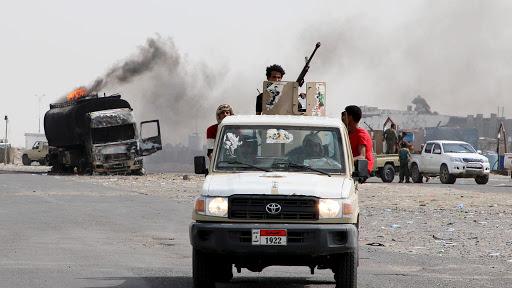 الطريق إلى صنعاء يبدأ بتحرير عدن (تقرير خاص)