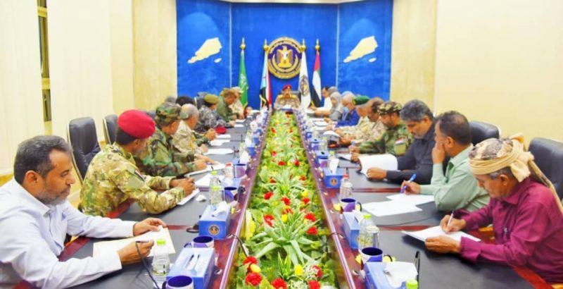 """المجلس الانتقالي ينقلب على اتفاق الرياض ويعلن """"الحكم الذاتي للجنوب"""" (رصد)"""