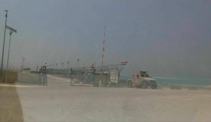 صحفي جنوبي يكشف معلومات خطيرة عن استمرار المخطط الإماراتي في سقطرى