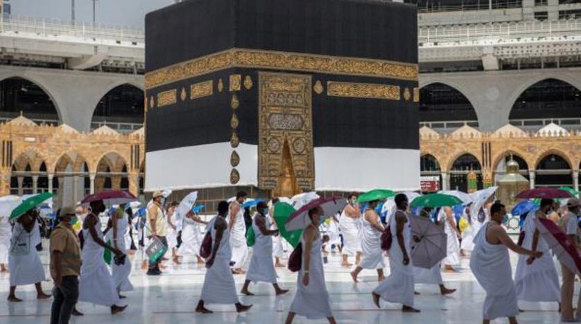 فيما 11 دولة سمحت مع تطبيق اجراءات التباعد.. 8 دول عربية تمنع أداء صلاة عيد الأضحى في المساجد والساحات