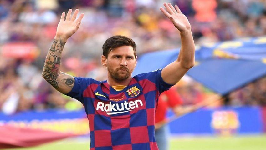 إتحاد كرة القدم الأسباني يعاقب ميسي ويوقفه مباراتين