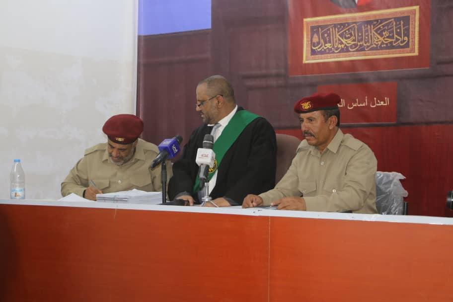 المحكمة العسكرية في مأرب تحكم بإعدام عناصر خلية تابعة لمليشيا الحوثي وتحيل 180 آخرين إلى النيابة