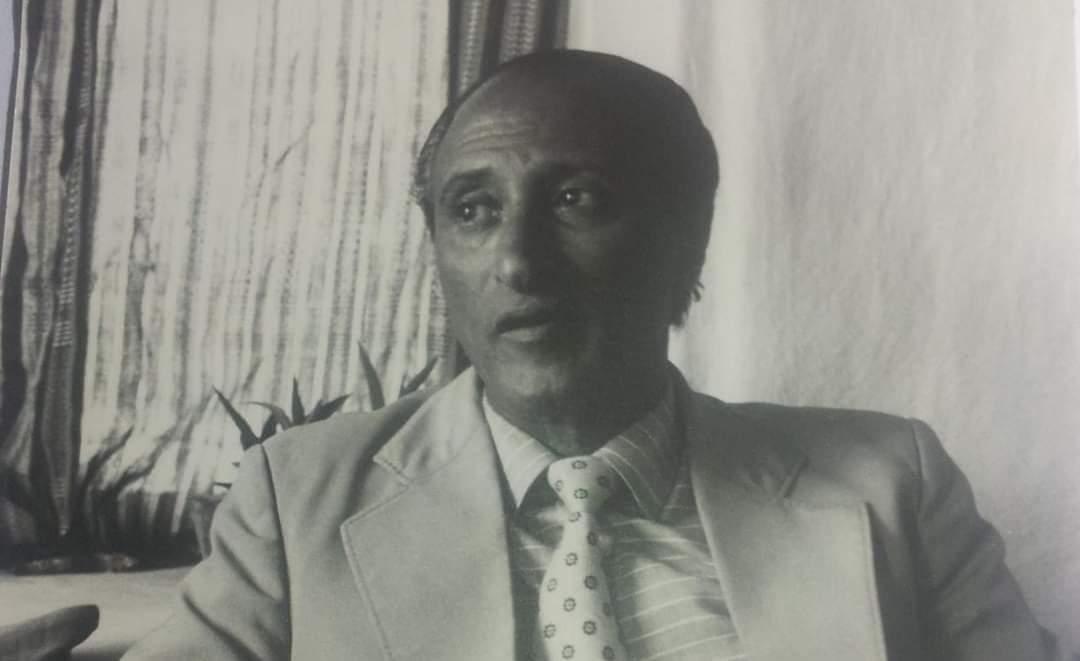 الشاعر عثمان أبو ماهر المخلافي: الحرف والبندقية