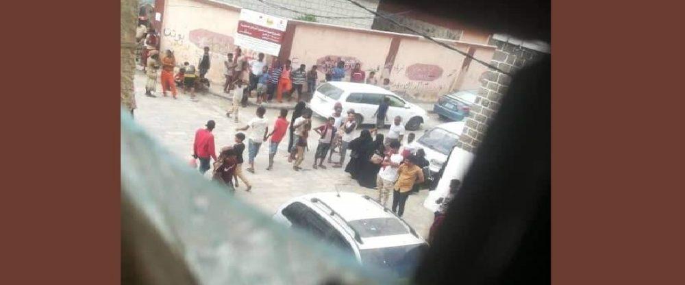 عدن.. حي التواهي يشهد جريمة اغتيال مروعة طالت اسرة بكامل افرادها