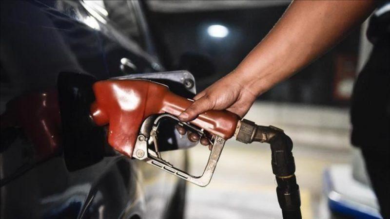 بسبب تدهور العملة.. إتحاد ملّاك محطات بيع الوقود يوقف بيع الوقود في أربع محافظات