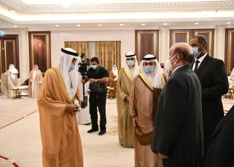 بالصور.. الرئيس هادي يصل الكويت ويقدم واجب العزاء فى وفاة الأمير صباح الأحمد