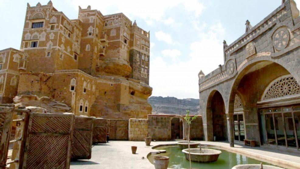 """بناه الحميريون قبل 5000 عام.. لاول مرة صحيفة بريطانية تكشف معلومات عن قصر """"دار الحجر"""""""