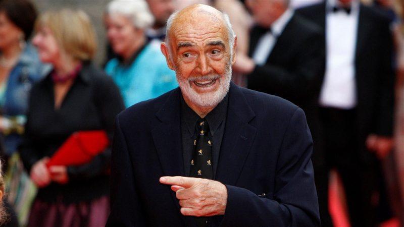 """وفاة الممثل الأسطوري شون كونري مجسد العميل السري """"جيمس بوند"""" عن 90 عاما"""
