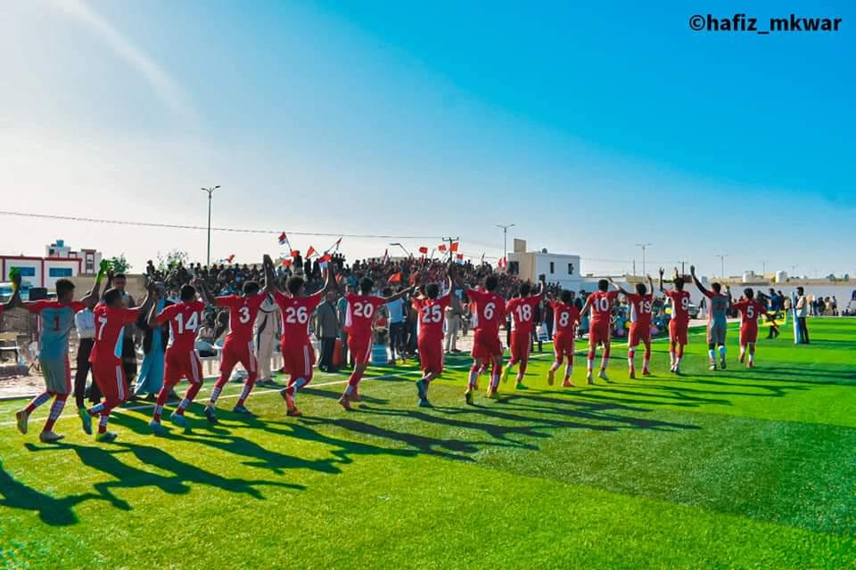 اختتام بطولة طيران الملكة بلقيس لكرة القدم بمحافظة شبوة