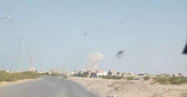 مليشيا الحوثي تجدد قصف الأحياء السكنية جنوب الحديدة