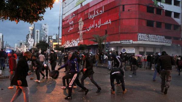 منظمات حقوقية تطالب بالتحقيق في انتهاكات تعرض لها متظاهروا طرابلس في لبنان
