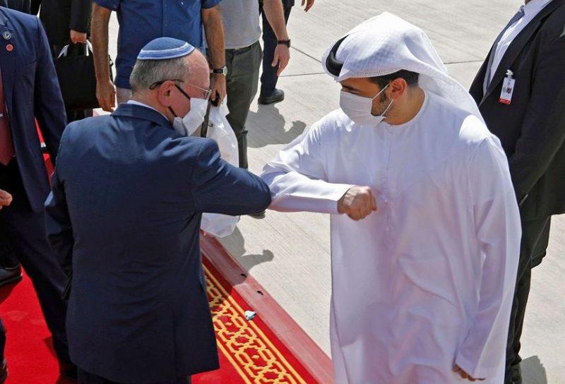 """يمكن ان تغير قواعد اللعبة.. جهود الإمارات لصناعة """"شرق أوسط جديد"""" للاحتلال الإسرائيلي"""