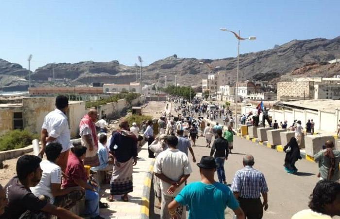 مسؤول حكومي يؤكد: اقتحام قصر معاشيق في عدن عمل مسلح وفق خطط مرسومة