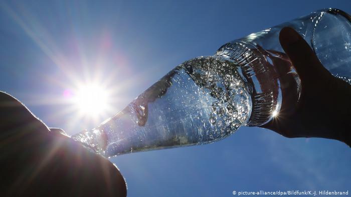 أيهما افضل لصحة الانسان.. الماء البارد ام الساخن؟