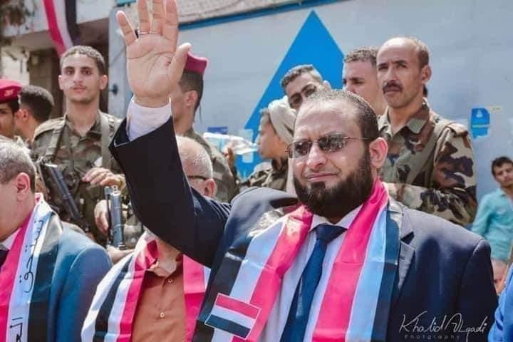 رئيس الجمهورية ونائبه يعزون في وفاة وكيل محافظة تعز الدكتور عبدالحكيم عون