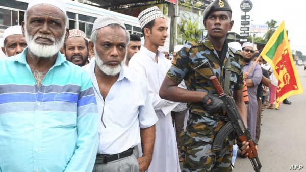 قبل الذكرى الثانية لهجمات دامية.. سريلانكا تحظر 11 منظمة إسلامية
