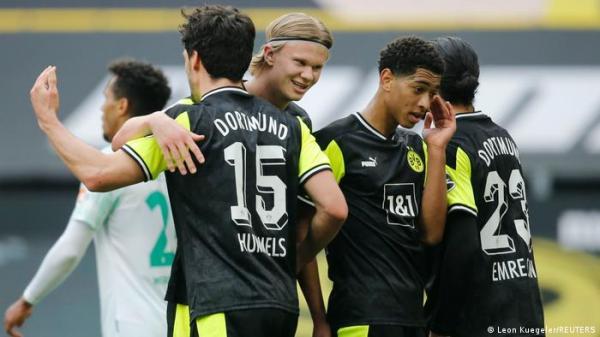 دورتموند يحقق فوزا ثمينا على بريمن في الدوري الألماني