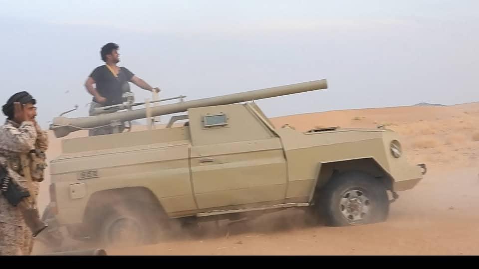 مصرع وإصابة عدد من عناصر مليشيا الحوثي بنيران قوات الجيش غربي مأرب
