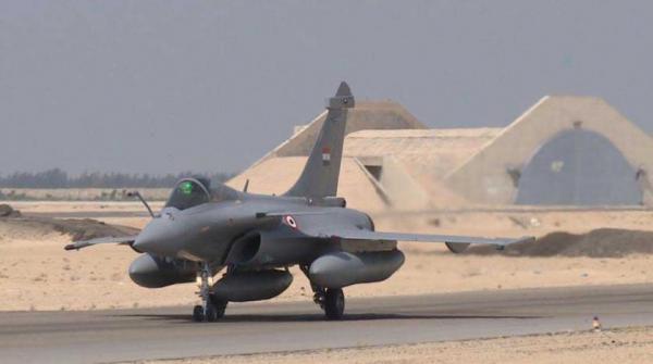 "مصر تتعاقد مع فرنسا على 30 مقاتلة من طراز ""رافال"""