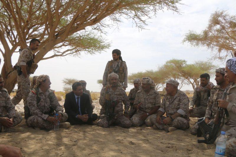 رئيس هيئة الأركان يتفقد قوات الجيش في جبهات المنطقة العسكرية السابعة