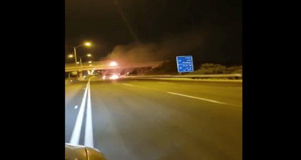 """شاهد بالفيديو.. صاروخ فلسطيني يسقط وسط """"تل أبيب"""""""