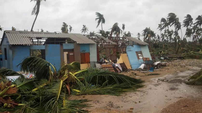 بالتزامن مع موجة كارثية من فيروس كورونا.. عشرات القتلى والمفقودين في إعصار عنيف ضرب الهند