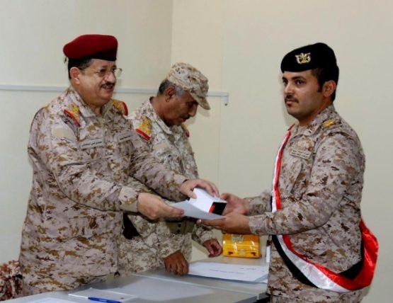 الوزير محمد المقدشي: القوات المسلحة ستبذل الغالي والنفيس حتى تحرير كامل تراب اليمن
