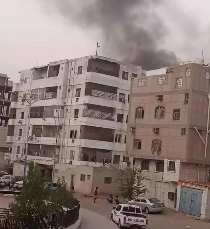 إشتباكات عنيفة في الشيخ عثمان بعدن بين فصائل تتبع الإنتقالي