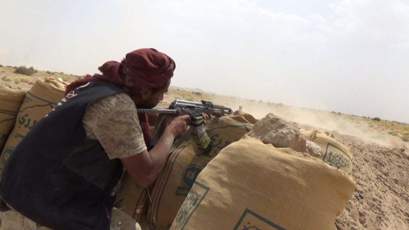مصرع وإصابة عدد من عناصر مليشيا الحوثي بكمين محكم نفذته قوات الجيش في مأرب