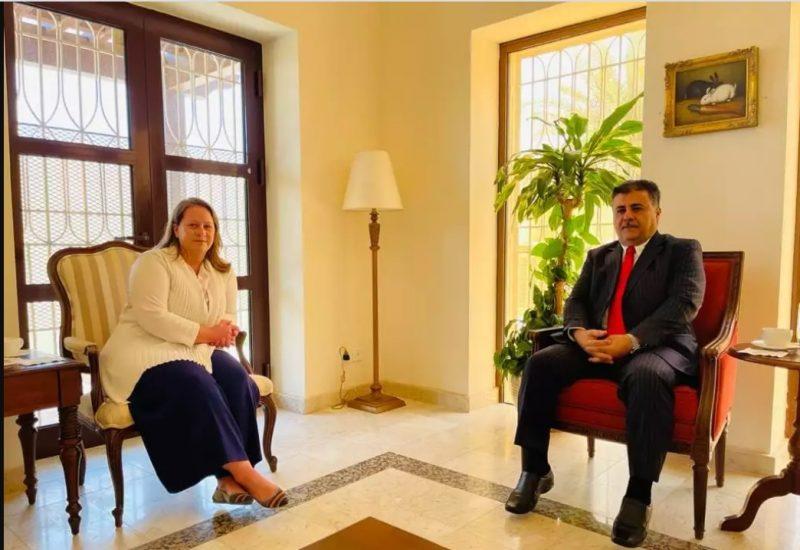 """تفاصيل لقاء رئيس الائتلاف الوطني الجنوبي """"العيسي"""" مع القائم بأعمال السفير الأمريكي لدى اليمن"""