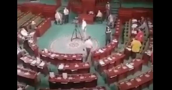 بالفيديو.. النائب التونسي الصحبي سمارة يسدد صفعة قوية للمعارضة المثيرة للجدل عبير موسى